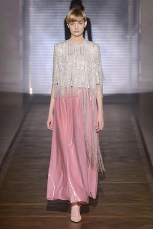 Показ Givenchy коллекции сезона Весна-лето 2018 года Haute couture - www.elle.ru - Подиум - фото 674701