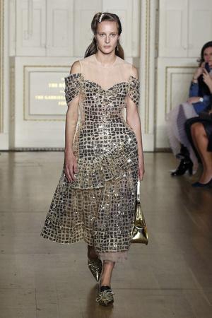 Какие платья будут самыми модными будущей осенью? 6 главных трендов (фото 24.1)