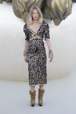 Показ  коллекции сезона Осень-зима 2010-2011 года haute couture - www.elle.ru - Подиум - фото 167895