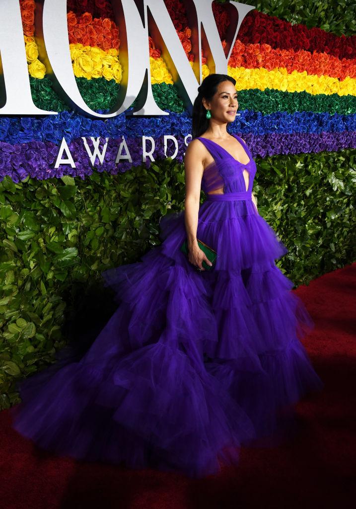 Самое впечатляющее платье Tony Awards — у Люси Лью (фото 3)