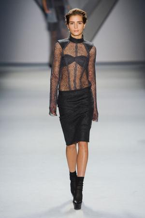 Показы мод Vera Wang Осень-зима 2012-2013 | Подиум на ELLE - Подиум - фото 1645