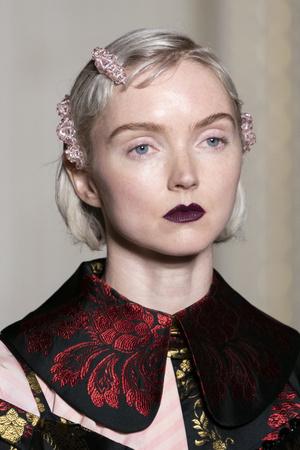Хлоя Севиньи стала моделью на показе Simon Rocha в Лондоне (фото 8.2)