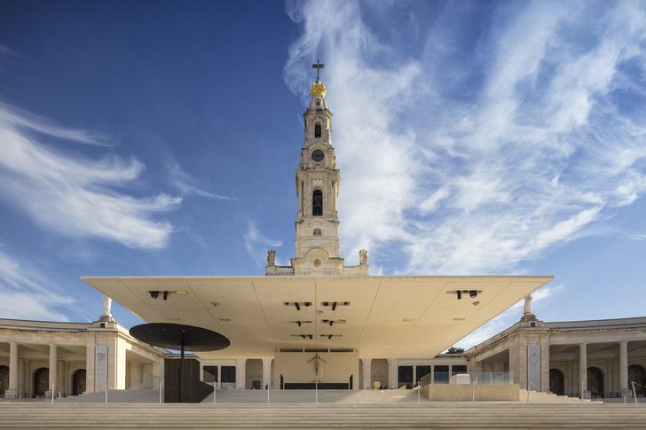 Эффектная реконструкция церкви в Португалии (фото 0)