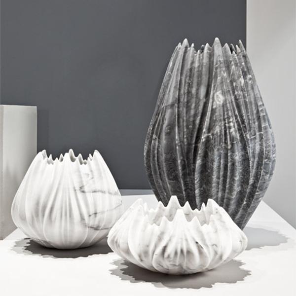 Мраморные вазы и столы от Захи Хадид | галерея [1] фото [8]