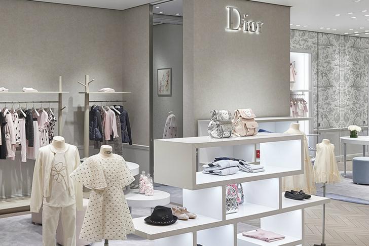 Гости открытия корнеров Dior в ЦУМе (фото 6)
