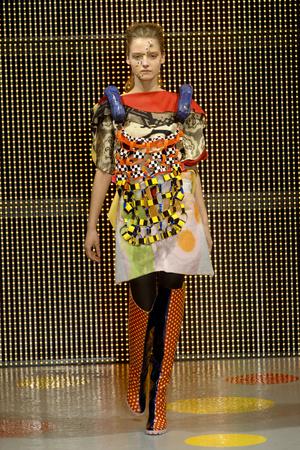 Показ Louise Gray коллекции сезона Осень-зима 2011-2012 года Prêt-à-porter - www.elle.ru - Подиум - фото 236875