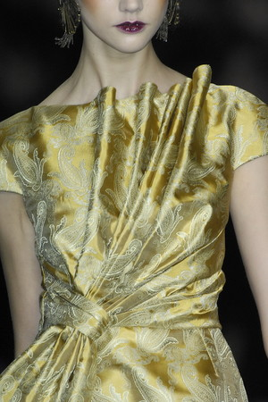 Показ Christian Dior коллекции сезона Осень-зима 2009-2010 года Prêt-à-porter - www.elle.ru - Подиум - фото 97689