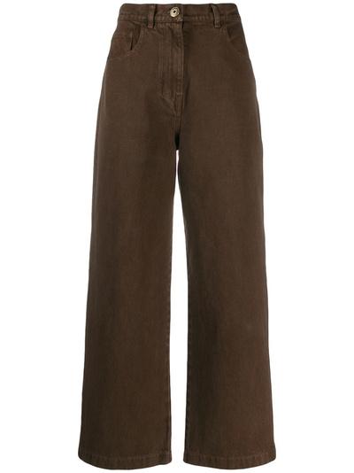 Какие оверсайз-брюки нужно успеть купить до конца осени? (галерея 12, фото 1)