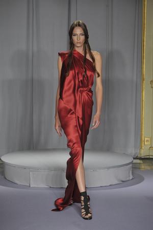 Показ Dominique Sirop коллекции сезона Осень-зима 2009-2010 года haute couture - www.elle.ru - Подиум - фото 87454