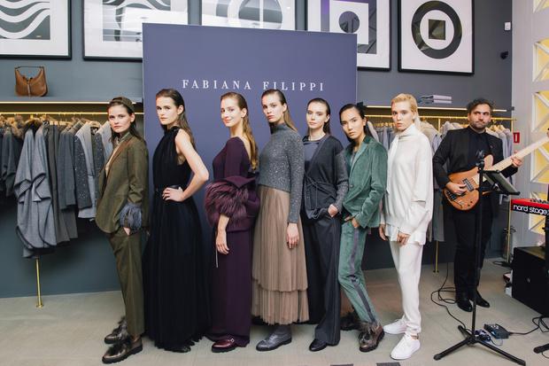В Санкт-Петербурге открылся бутик Fabiana Filippi (фото 1)