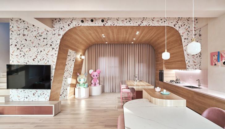 Розовый дом с комнатой для кошек на Тайване (фото 14)