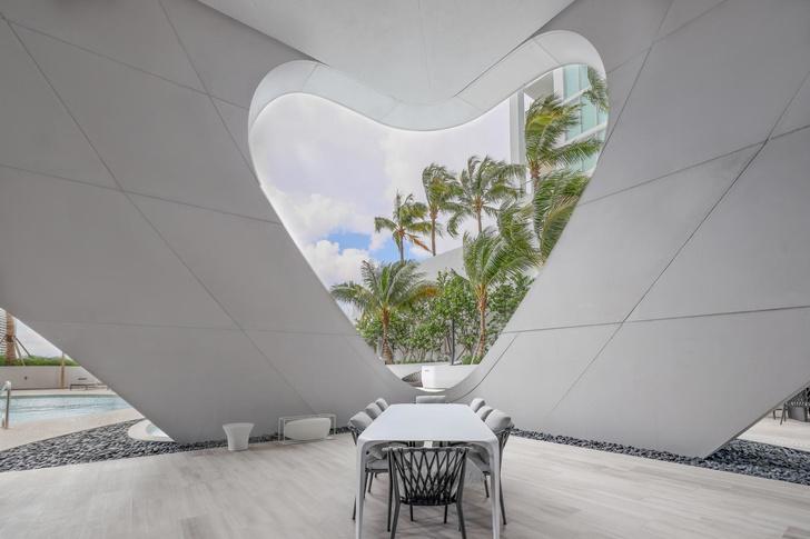 Первый жилой небоскреб по проекту Zaha Hadid Architects в Майами (фото 4)