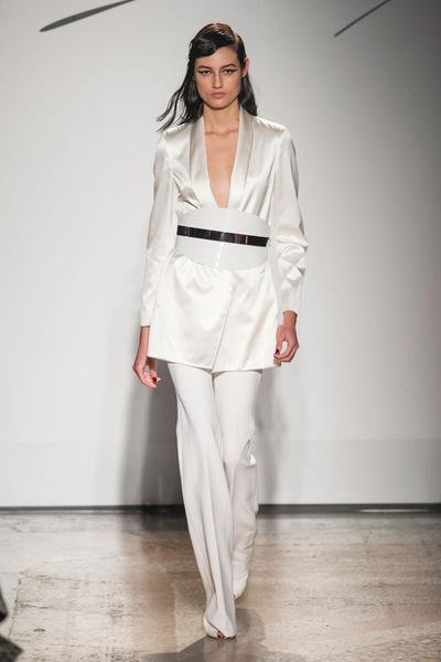 Самые красивые образы Недели моды в Милане   галерея [1] фото [23]