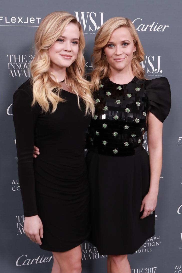 Риз Уизерспун с дочерью на Innovator Awards в Нью-Йорке (фото 1)