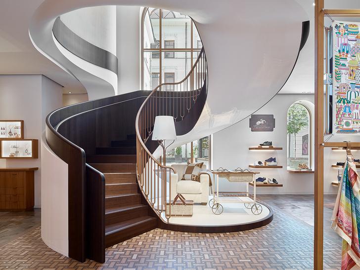 Смена декораций: московский бутик  Hermès (фото 2)