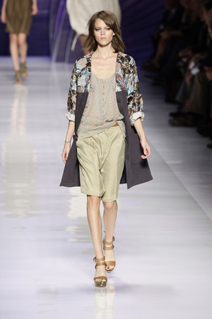 Показы мод Etro Весна-лето 2010 | Подиум на ELLE - Подиум - фото 2980