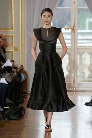 Показ Christophe Josse коллекции сезона Весна-лето 2013 года haute couture - www.elle.ru - Подиум - фото 477029