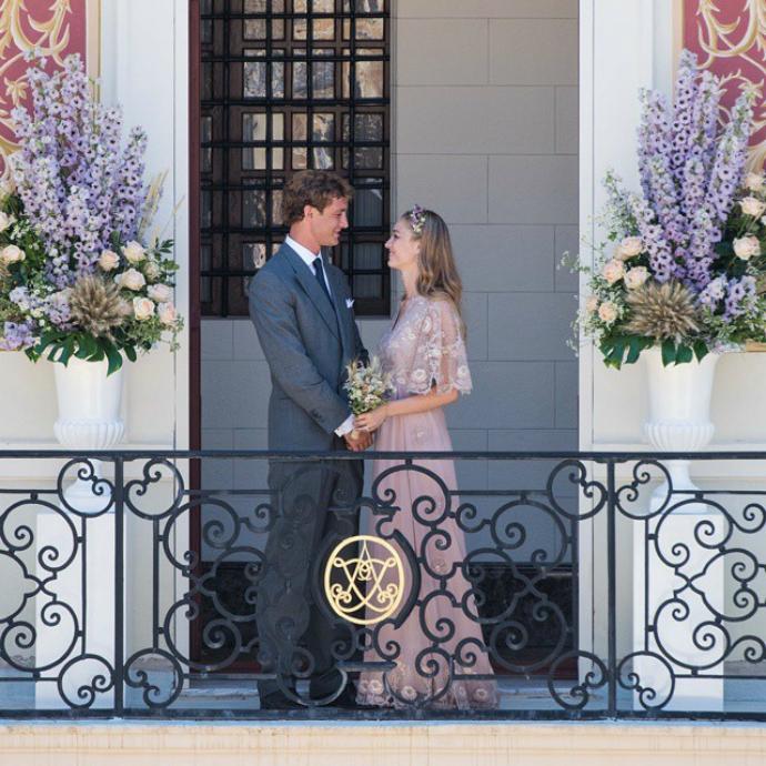 Первое фото со свадьбы принца Монако Пьера Казираги и Беатрис Борромео