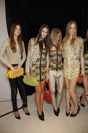 Показы мод Burberry Prorsum Весна-лето 2011 | Подиум на ELLE - Подиум - фото 2575