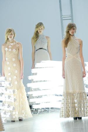 Показы мод Rodarte Осень-зима 2011-2012 | Подиум на ELLE - Подиум - фото 2354