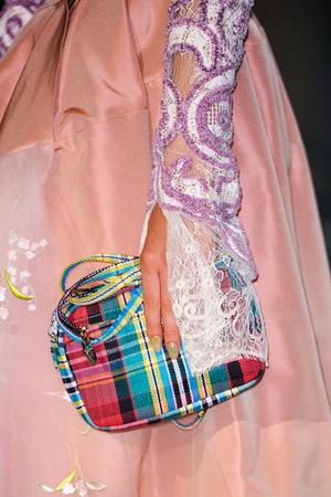 Показ Vivienne Westwood коллекции сезона Весна-лето 2014 года Prêt-à-porter - www.elle.ru - Подиум - фото 569302