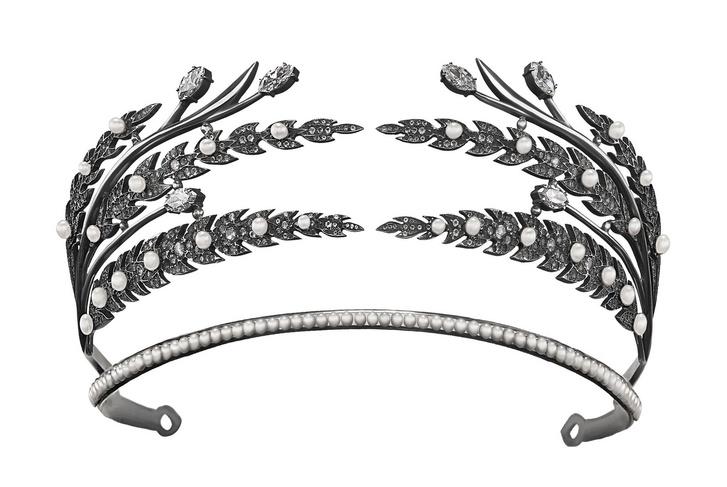 Украшения из сериала «Война и Мир» на выставке Axenoff Jewellery (фото 2)