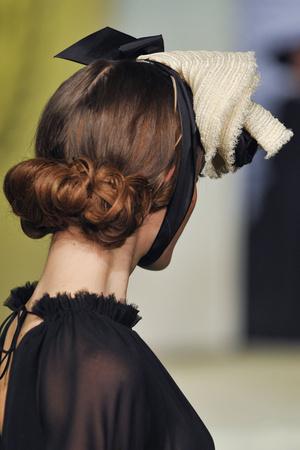 Показ Ulyana Sergeenko коллекции сезона Весна-лето 2013 года Haute couture - www.elle.ru - Подиум - фото 479282