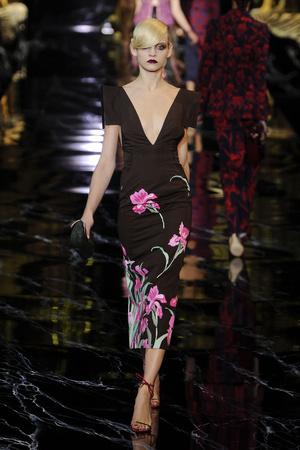 Показ Louis Vuitton коллекции сезона Весна-лето 2011 года prêt-à-porter - www.elle.ru - Подиум - фото 191043