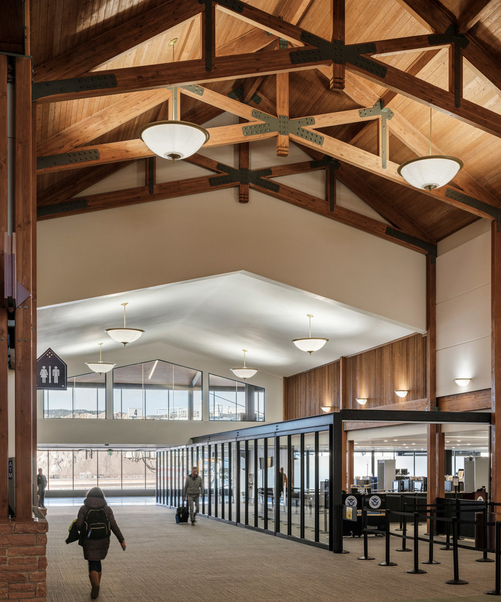 Новый дизайн аэропорта в Колорадо (фото 6)