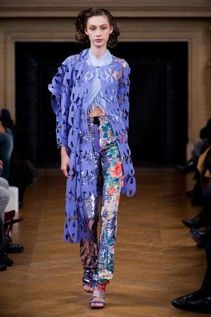 Показ Maurizio Galante коллекции сезона Весна-лето 2013 года Haute couture - www.elle.ru - Подиум - фото 477142
