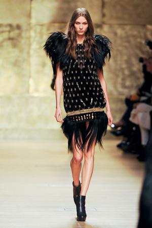 Показы мод Paco Rabanne Осень-зима 2012-2013 | Подиум на ELLE - Подиум - фото 1397