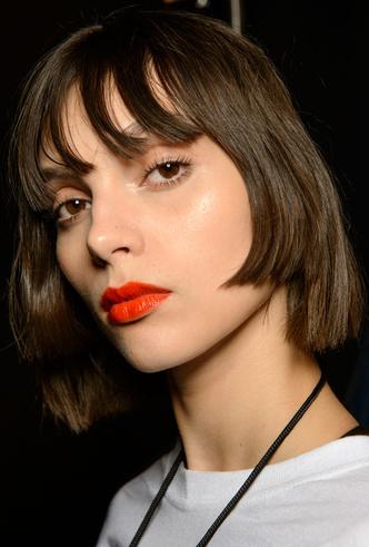 Как повторить лучшие бьюти-образы парижской Недели моды фото [1]