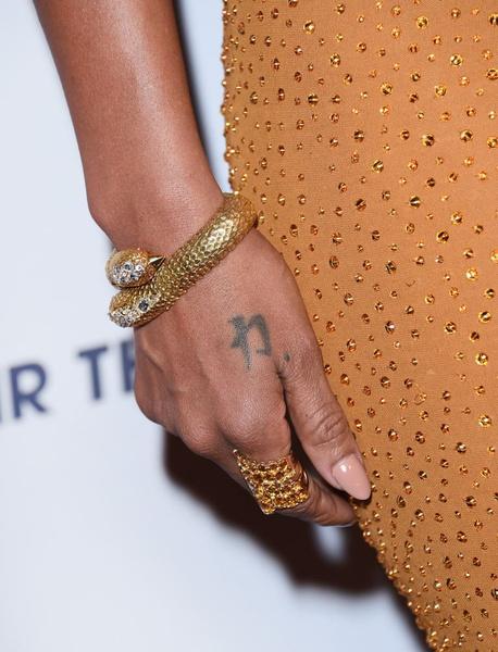 В СВОИХ РУКАХ: Как правильно носить браслеты | галерея [1] фото [10]