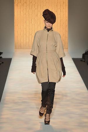 Показы мод Christian Siriano Осень-зима 2009-2010 | Подиум на ELLE - Подиум - фото 3239