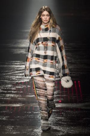 Показы мод Missoni осень-зима  2018-2019 | Подиум на ELLE - Подиум - фото 6721