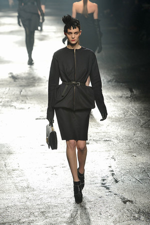 Показы мод Lanvin Осень-зима 2009-2010 | Подиум на ELLE - Подиум - фото 3120