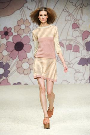 Показы мод Kristina Ti Весна-лето 2012 | Подиум на ELLE - Подиум - фото 1914