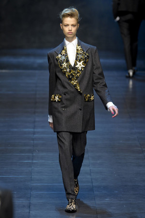 Показ Dolce & Gabbana коллекции сезона Осень-зима 2011-2012 года Prêt-à-porter - www.elle.ru - Подиум - фото 246931