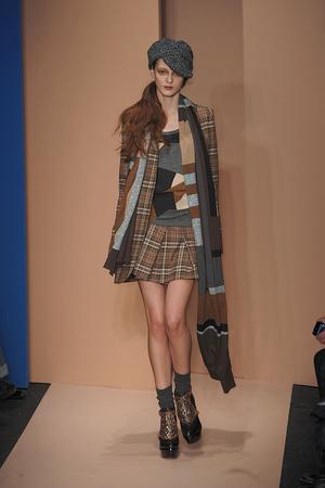 Показ DKNY коллекции сезона Осень-зима 2010-2011 года prêt-à-porter - www.elle.ru - Подиум - фото 142591