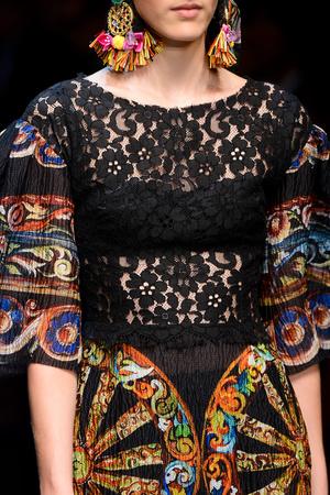 Показ Dolce & Gabbana коллекции сезона Весна-лето 2013 года prêt-à-porter - www.elle.ru - Подиум - фото 446712