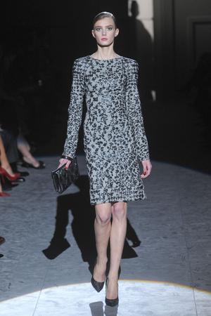 Показы мод Salvatore Ferragamo Осень-зима 2011-2012 | Подиум на ELLE - Подиум - фото 2206