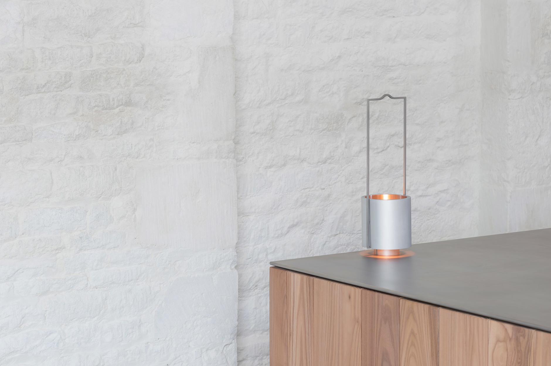 Минималистская керосиновая лампа Джона Поусона для Wästberg (галерея 4, фото 5)