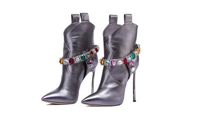 Ведущие обувные бренды создали модели в честь 25-летия NO ONE (галерея 5, фото 0)