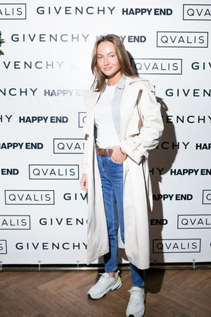 Givenchy пригласили друзей на коктейльный завтрак (фото 4.1)