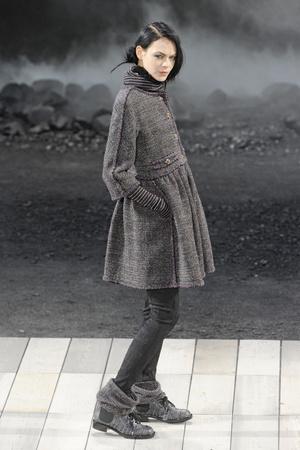 Показ  коллекции сезона Осень-зима 2011-2012 года prêt-à-porter - www.elle.ru - Подиум - фото 255369
