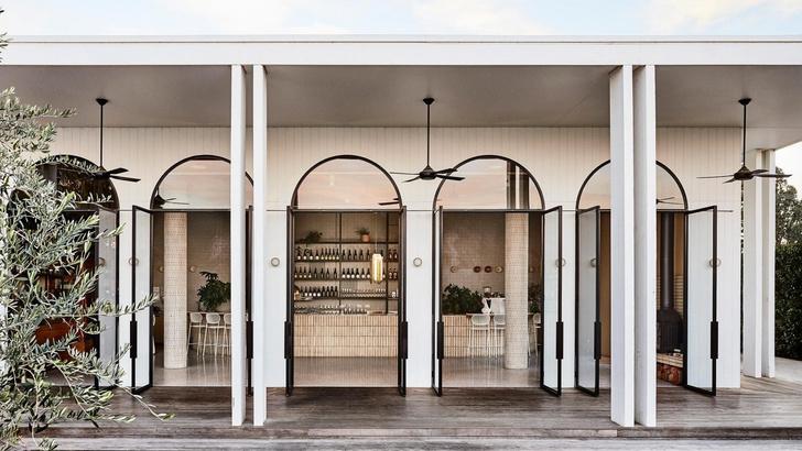 Mid-century гламур: пляжное кафе в Австралии (фото 9)