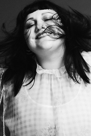 Жизнь без правил: Бет Дитто глазами Дебби Харри фото [5]