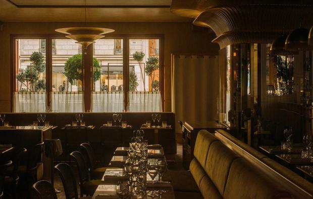 Ресторан Nolinski с элементами ар-деко (фото 1)