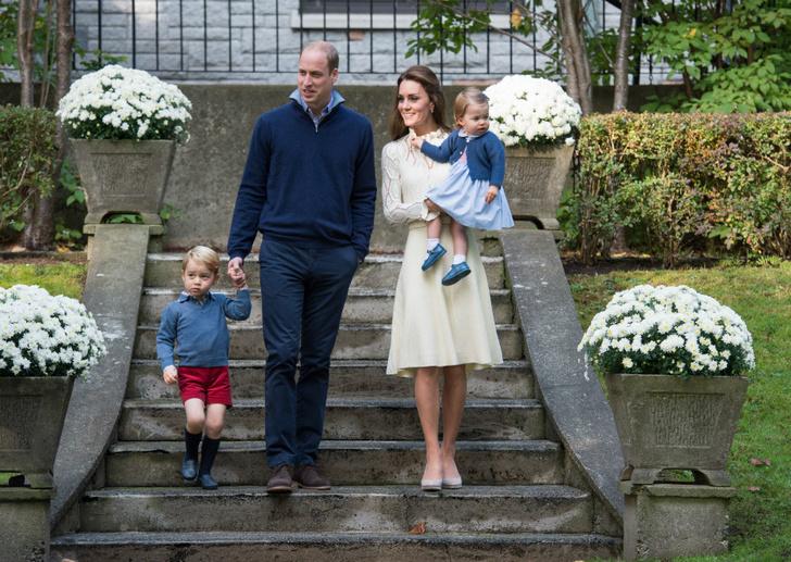 Принц Уильям и Кейт Миддлтон с детьми фото
