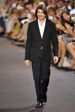 Показ Stephane Rolland коллекции сезона Осень-зима 2011-2012 года haute couture - www.elle.ru - Подиум - фото 278158